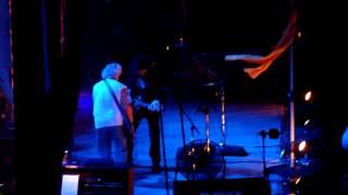 4 Neil Young - Walk Like a Giant - birmingham n e c 11 06 2013