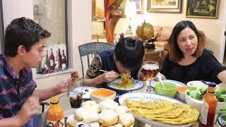 Vlog 197 ll  Công thức pha bột  bánh xèo giòn tan ( Tại sao Tony lại phê bình ba ?)