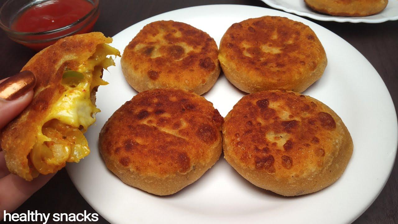 जब खाना हो पिज्जा-बर्गर या कोई मजे का नाश्ता तो बनाइये बिना तले आटे का लाजवाब नया नाश्ता|Aata Snacks