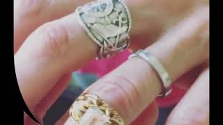 LP (Laura Pergolizzi) and Lauren Ruth Ward   Beautiful love - Wedding ring