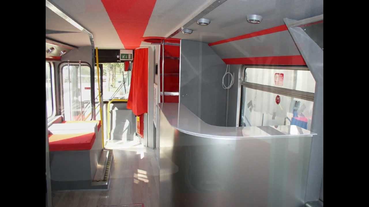 Allestimento bus inglese a 2 piani youtube for Piani a 2 piani