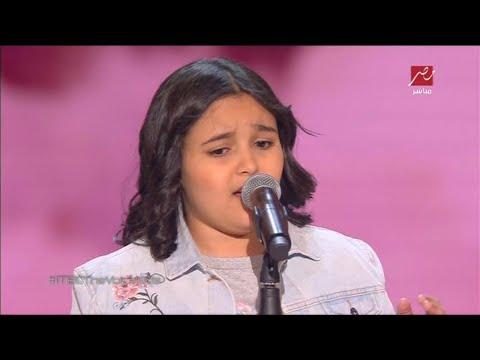أشرقت أحمد تتألق في غناء