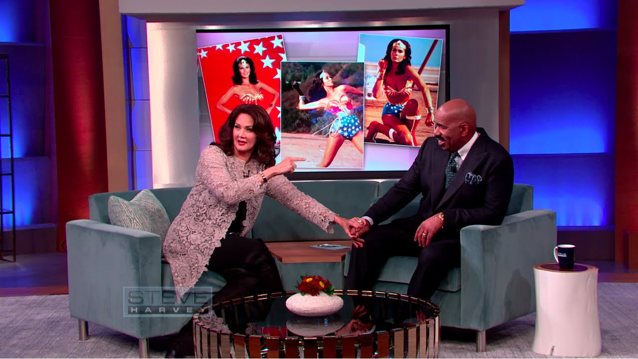 c8138f2886593 Lynda Carter teaches Steve the Wonder Woman Spin    STEVE HARVEY - YouTube