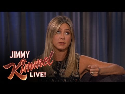 Jennifer Aniston Caught Stealing