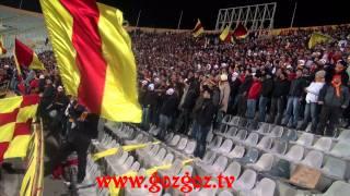Karşıyaka-Göztepe'miz l Göztepe Taraftarının Omuz Omuza showu ve arkasından kontrası