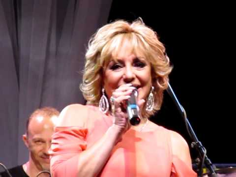 Googoosh-Live in Concert- Toronto 2012- Happy Birthday Googoosh.MOV