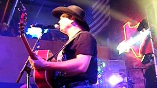 "Tracy Lawrence Live "" Renegades Rebels and Rogues """