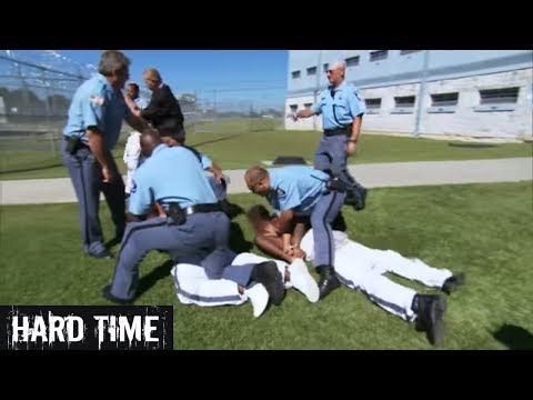 Hard Time S3 E1: Battle Behind Bars