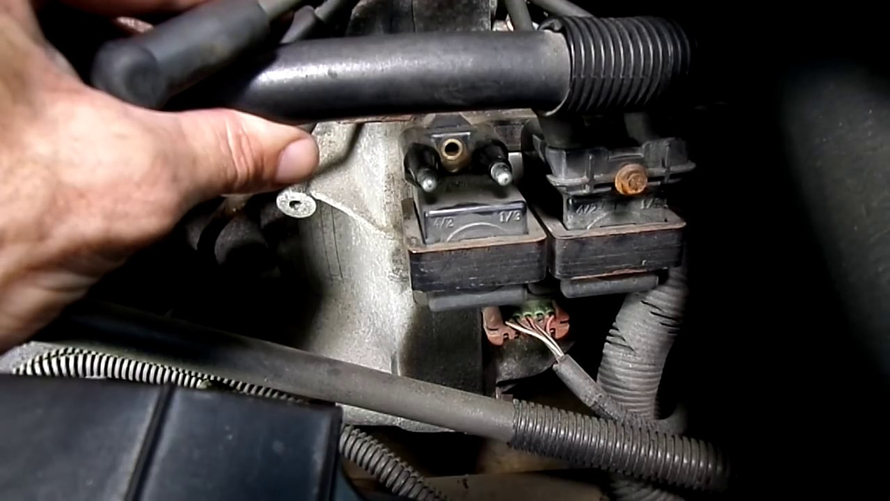 1999 saturn sl2 dohc engine diagram crankshaft position sensor car not starting test youtube  crankshaft position sensor car not starting test youtube