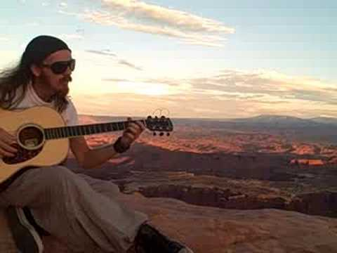 DriveAbout 50 - SOUND - Canyonlands National Park, Utah