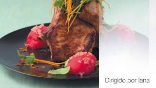 Рецепты. Стейк из свинины на косточке в медовой глазури с чесночным арбузом.