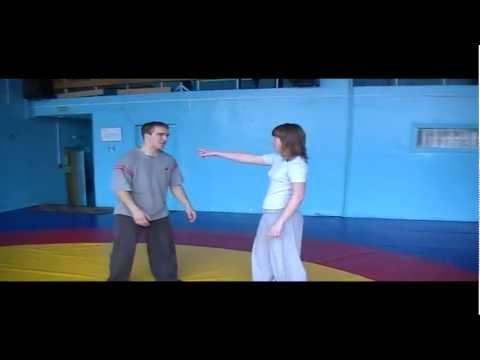 Трюки: имитация ударов, драки (Artists tricks: simulated attacks, fights)