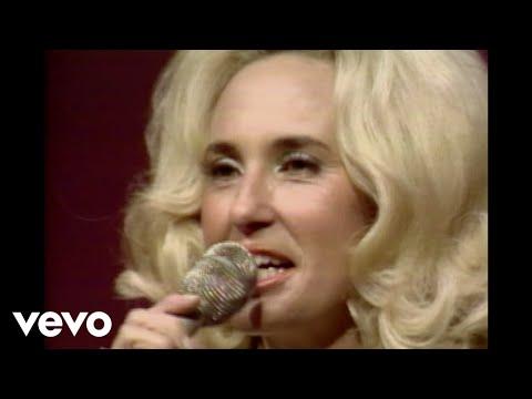 Tammy Wynette - Woman To Woman (Live)