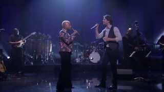 "Angelique Kidjo featuring Josh Groban - ""Pearls"""