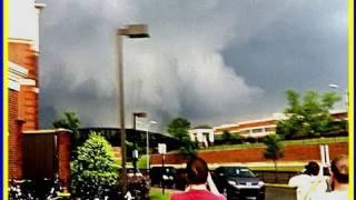 Tuscaloosa, AL Tornado - UP CLOSE OUTSIDE !!! 4/27/11 thumbnail