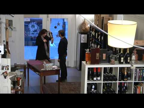 winebeard sassicaia 2015 2016: comprare, tenere o vendere? from YouTube · Duration:  39 seconds