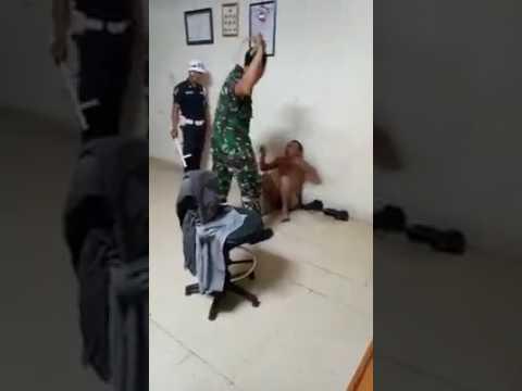 Gangster Jakarta Disiksa
