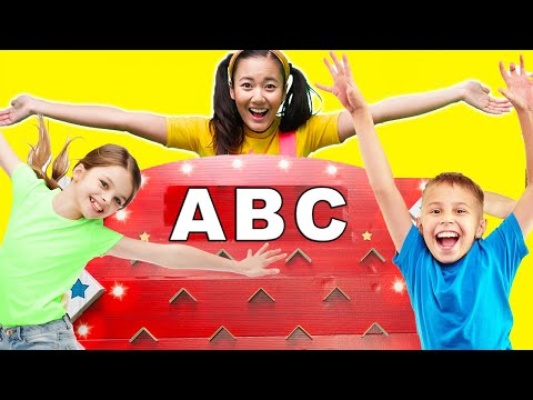 Learn Colors With Disc Drop Game Mystery Picture Reveal | Toy Game Show