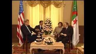 Algérie Bouteflika glisse une quenelle à Kerry