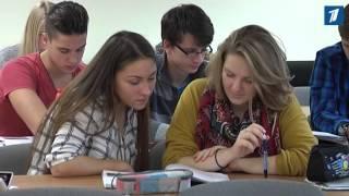 Ряду русских школ отказали в сохранении родного языка обучения