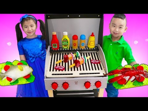 Jannie & Lyndon Pretend Play Cooking w/ Deluxe Barbecue BBQ Grill Playset