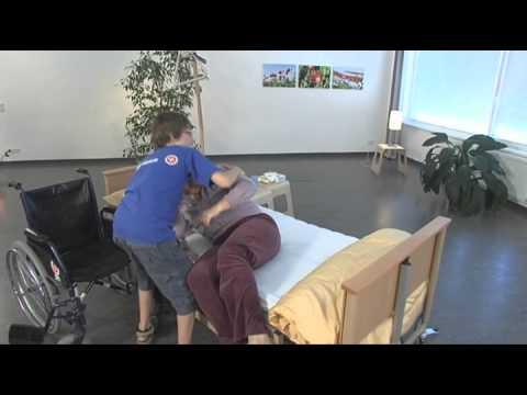 johanniter superhands gibt tipps beim aufstehen aus dem bett youtube. Black Bedroom Furniture Sets. Home Design Ideas