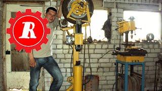 простые штуки - Самодельный кузнечный молот(Как самому сделать кузнечный молот. устройство направляющей молота https://www.youtube.com/watch?v=FGpLjIA1PNI., 2011-05-23T18:55:01.000Z)