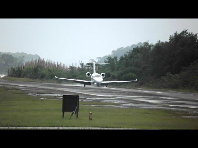 Cessna CitationJet M2 Pouso com pista molhada SDAG