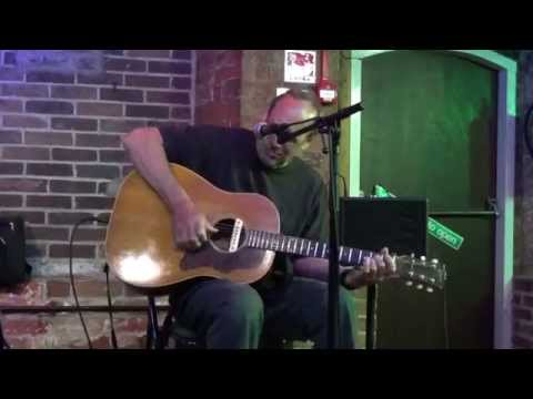 Dave Kelly plays Sittin' on the Dock of the Bay