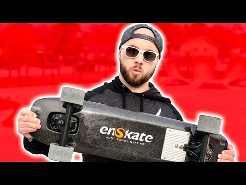 MUH BOIII MAVERICK DOING TRICKS WITH THE FIBOARD FROM INDIEGOGO! ** GIANT PIT OF GLASS **