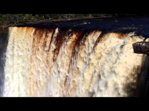 The Kaieteur Falls 2013 (1)
