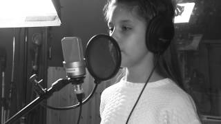 "Iveta Tumasonyte sings ""Read all about it""/Emeli Sande (Cover)"