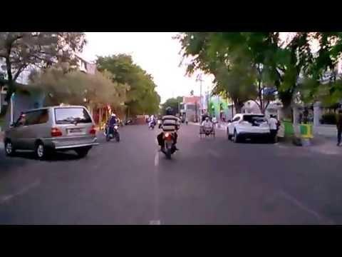 Suasana Jalan Niaga Kota Pasuruan 8 September 2015