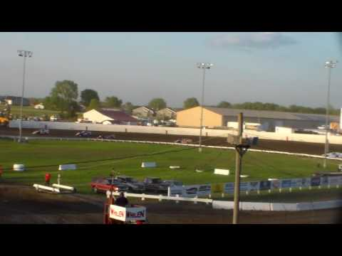 Modified Lcq 1 @ Farley Speedway 05/13/17