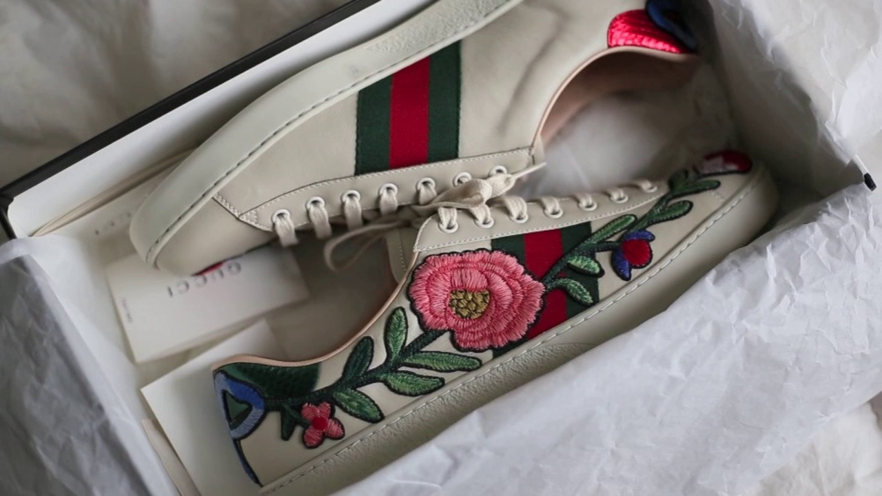 9eb6e1ab68f Gucci ace sneakers floral. Review and unboxing - YouTube