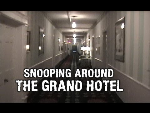 GRAND HOTEL SNOOPING 2001. (Matt's Rad Show, More Bonus Stuff, Mackinac Island)