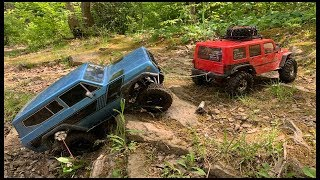JEEP RUBICON RC PULLS GIRLFRIENDS INTERNATIONAL SCOUT ii - Axial SCX10 ii AND Redcat Gen8