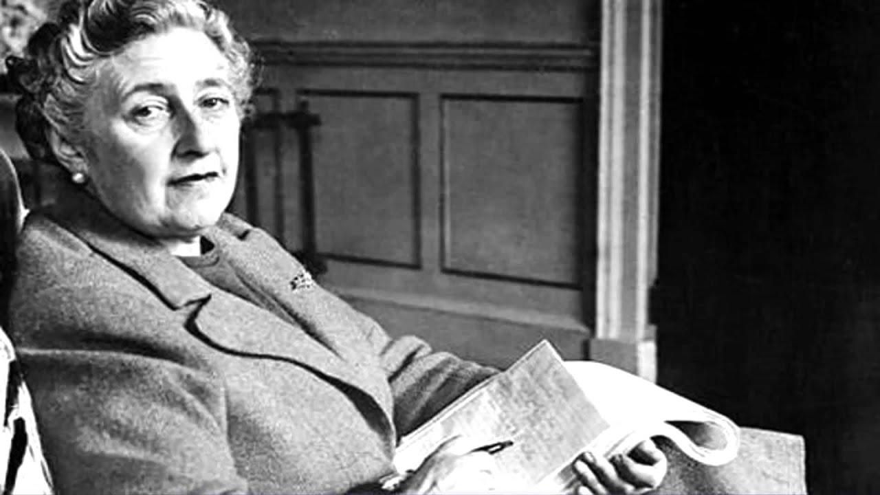 10 Frases Curiosas De Las Personas Mas Inteligentes Einstein Socrates Robert Frost Agatha Christ