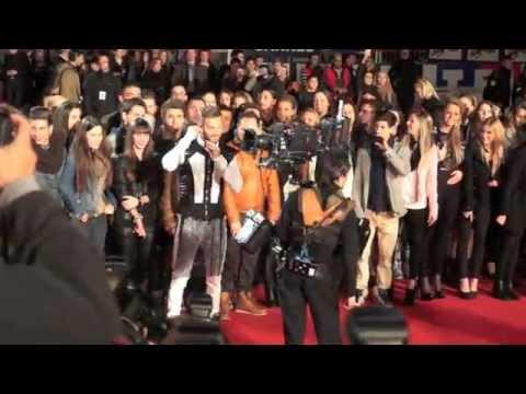 NRJ Music Awards 2013 M. Pokora sur les marches du Palais des Festivals