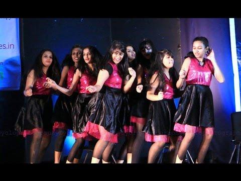 Kate Nahin kat te+Girls Like to Swing...