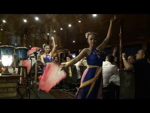 Saigon River Nighttime Cruise (With Dance Performance)