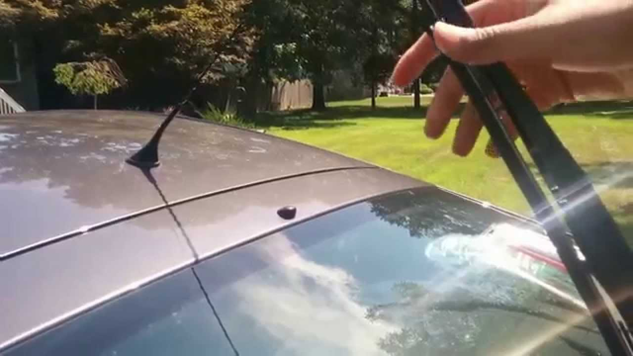 How To Change Toyota Prius Rear Wiper Blade Youtube