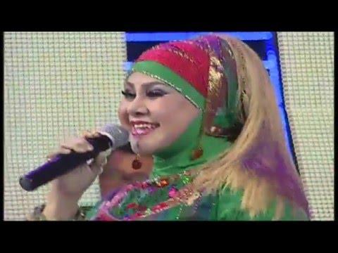 Ratu Dangdut Elvy Sukaesih feat Iyeth Bustami - Pesta Panen LIVE