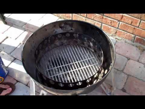 Weber Smokey Mountain Basics:  Starting the Fire