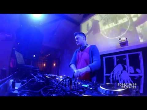 Guesswhat Showcase at Jail Club - 2016-10-14