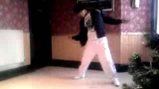 Bhairahawa dance Mz in Uk 'dum dum dum mast hain kaisi ye from movie band baaja baraat