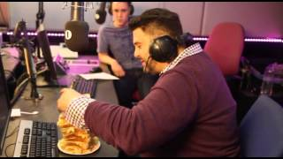 Scott v Chris - The Sandwich Challenge with Adam Richman