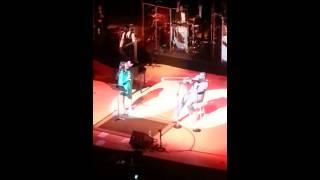 Kim burrell singing love with Jeff Bradshaw