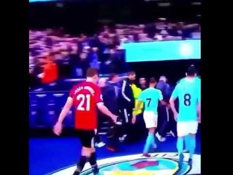 Manchester United Coaches Fm