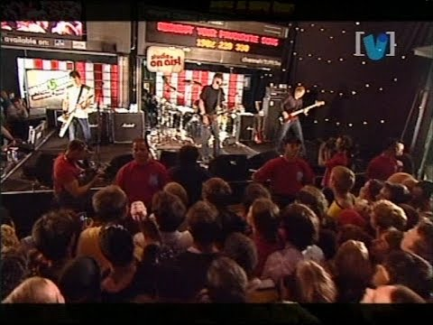 Foo Fighters - 2002-09-19 | Channel V Studios, Sydney, Austr